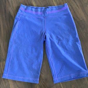 Lululemon purple crop pants size 4